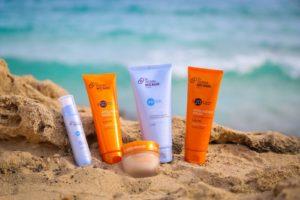 Солнцезащитный крем на море: виды и особенности использования