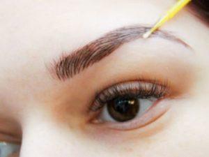 Волосковый микроблейдинг бровей: идеальные брови надолго
