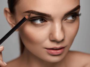 Как оформить брови и сразить всех своей красотой