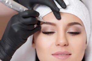 Правильный татуаж бровей: этапы процедуры, рекомендации по уходу