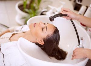 Мыть ли голову перед окрашиванием волос