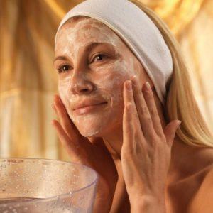 Каким должен быть уход за кожей лица после 30 лет